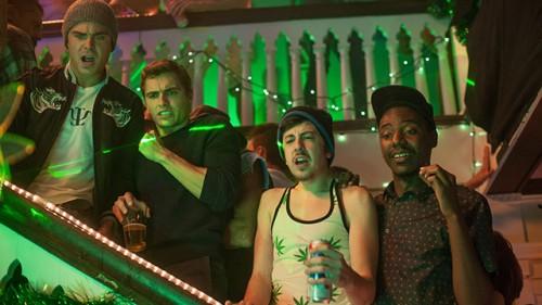 neighbors-movie-dave-franco-christopher-mintz-plasse2